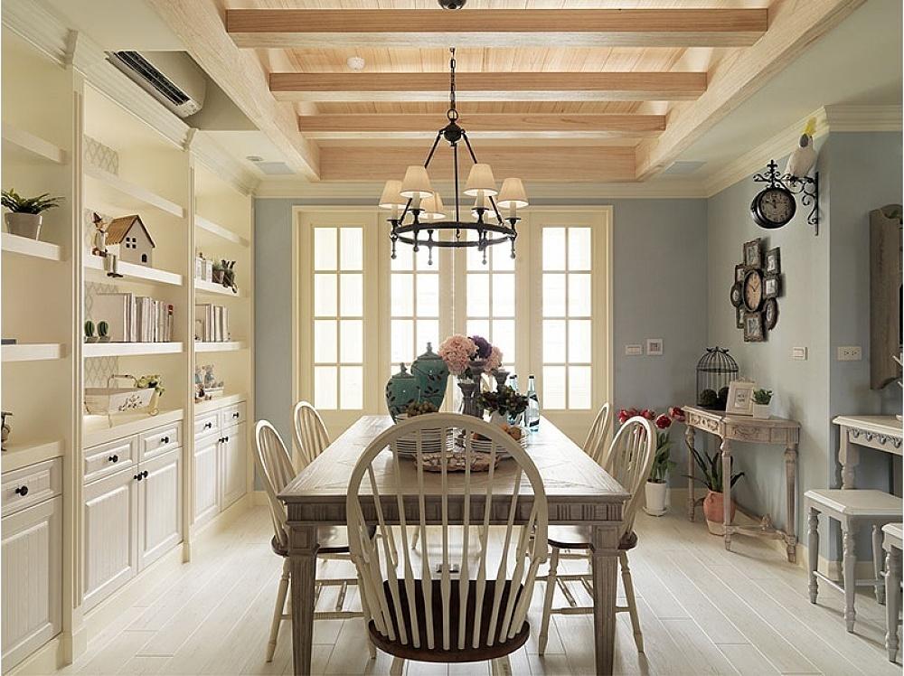 """美式乡村风格摒弃了繁琐和奢华,并将不同风格中的优秀元素汇集融合,以舒适机能为导向,强调""""回归自然"""",使这种风格变得更加轻松、舒适。?"""